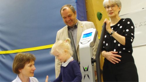Beim Verein Köki können körperbehinderte Kinder am Hypervibe trainieren