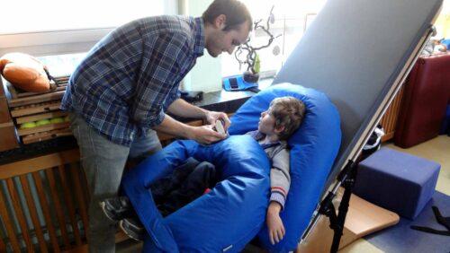 Galileo-Therapiegeraet trainiert Muskeln