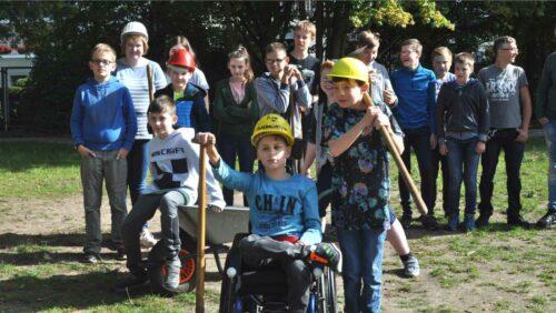 Niedrigseilgarten für Anne-Frank-Schule